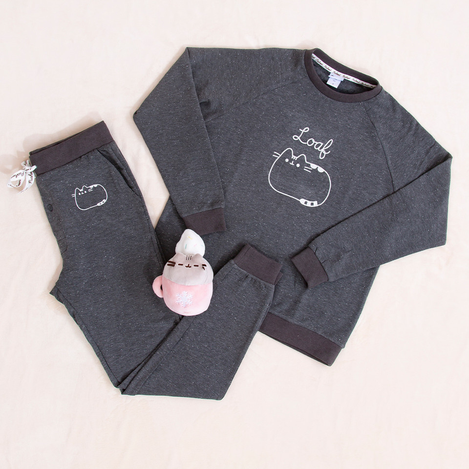 Theres no denying how perfect this #Pusheen pajama set is for spending all winter indoors! 😻 bit.ly/3nWQsp2
