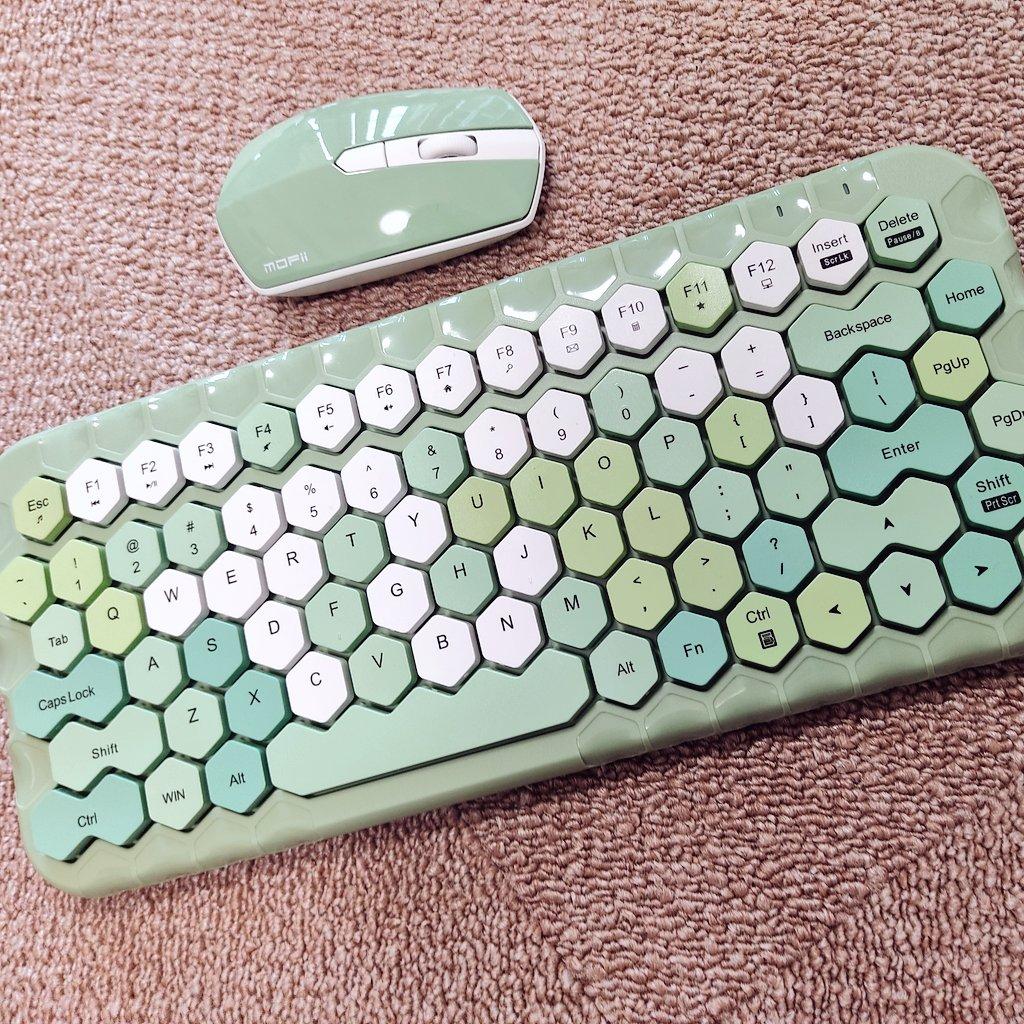 六角形的鍵盤按鈕w Ent5uE5VkAAcSa6