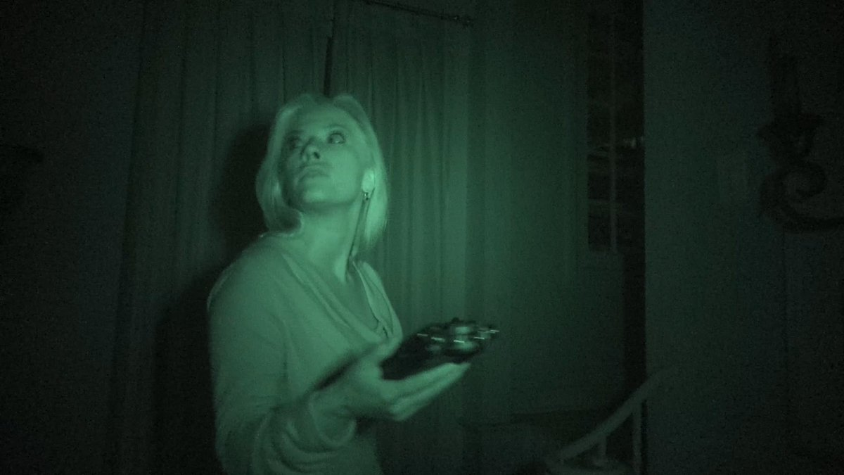 """Watch Our #GhostHunt Story. """"I Can't Wait to See More of This Twisted and Unusual Universe."""" - AintItCool .com Rotten Tomatoes """"Fresh"""" Rating of 90%! #GhostRecording #CriticsChoice #Nightmares #BestMovies #Top10Movies #GhostHaunting #WontSleepForAWeek https://t.co/Kib4jm7nIB https://t.co/LufkaLfssK"""