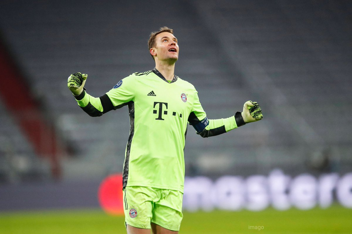 WWWW - Through to the next round 🔑 ps: please never talk about another GK because he is the best ever 💯  @Manuel_Neuer @FCBayern