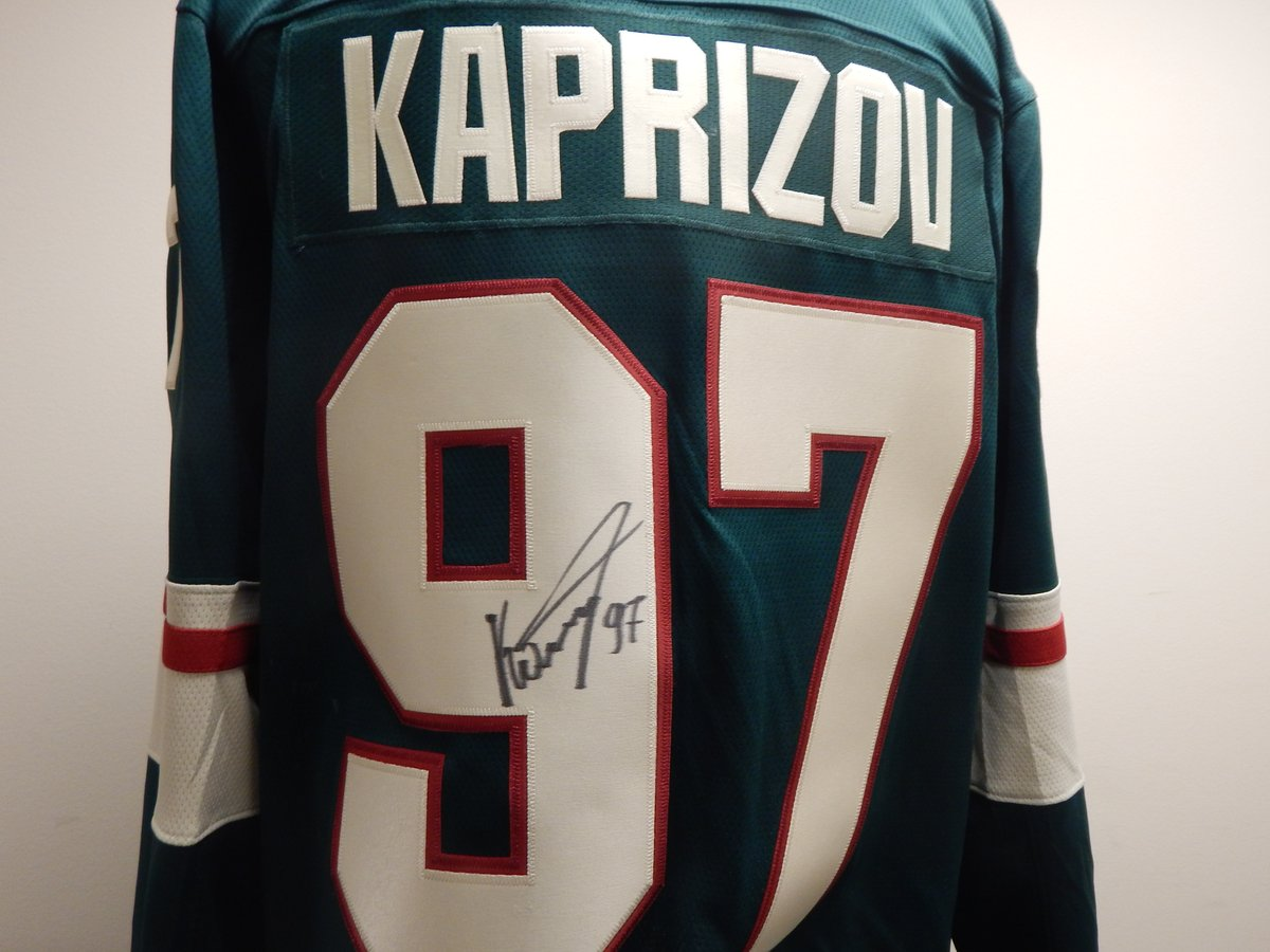 Here are some of the items available now in the Gifts Galore Online Auction, presented by @MNWildFound.  Bid now » https://t.co/1TsjbB23Nh https://t.co/1eAMzHyN75