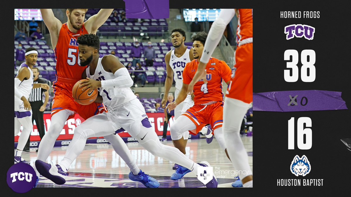 Up at the half. Mike Miles leads everyone with eight points and five assists.  #GoFrogs 😈 https://t.co/b3y9Ib250n