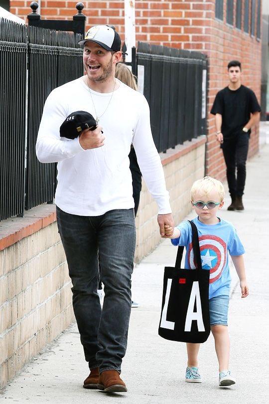 息子がキャプテン・アメリカの大ファンでも嬉しそうなクリス・プラット