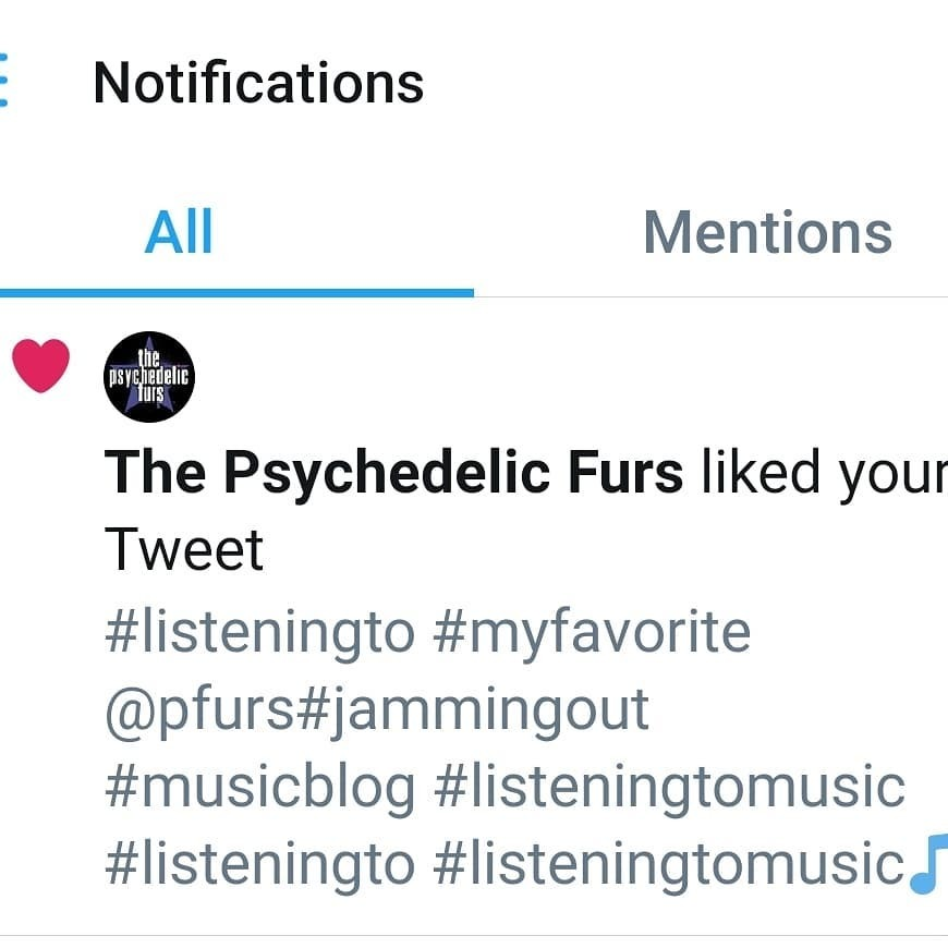 Just when you think you're having a not so great day your favorite band likes one of your tweets! #lovesocialmedia #instacool #musicfan