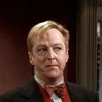 Did everyone else know that Gil Chesterton from Frasier was Chuck Palahniuks literary agent in real life? en.wikipedia.org/wiki/Edward_Hi…