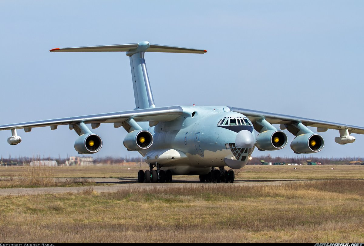 #PLAAF operate all 3-7 numbers of IL-78 with serial number 20641-20643, they are hard pressed & used as FIRE BRIGADE to support growing number of flankers & as their is no other tanker compatible with #Flankers, specially at #Tibet #IndiaChinafaceoff #indiachinastandoff