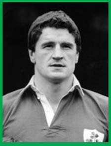 #rugby history Born today 26/11 in 1953 : John O'Driscoll (Ireland) rugby v England in 1980, 1981, 1982, 1983, 1984 https://t.co/aG2IwX0wTU https://t.co/iuFbSOpbFL