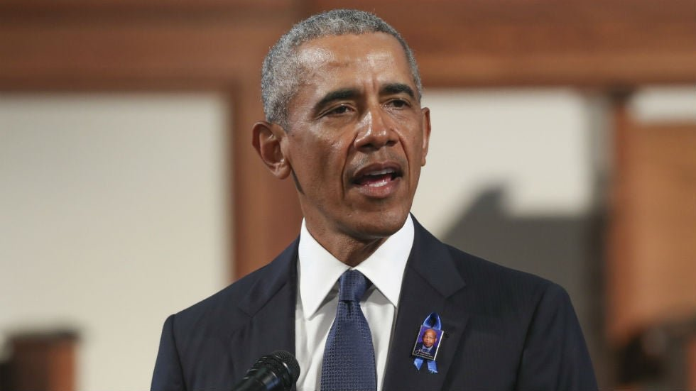 """Obama: Republican Party members believe """"white males are victims"""" https://t.co/HwmqQglfoS https://t.co/0uBQ1KyVdZ"""
