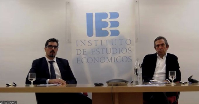 """📹 Víctor Cruz e Inigo Fernandez (_madrid) en directo en la  del Informe: """"Los incentivos f...."""
