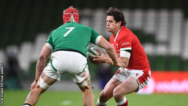 Wales v England: Scrum-half Lloyd Williams set for first Wales start for four years - https://t.co/CpxK7V5Upc]  Lloyd Williams in action against Ireland where he won his 30th Wales cap  Venue: Parc y Scarlets, Llanelli Date: Saturday, 28 November Kick-off: 16:00 GMT  Cove... https://t.co/qa6oG2VM3R