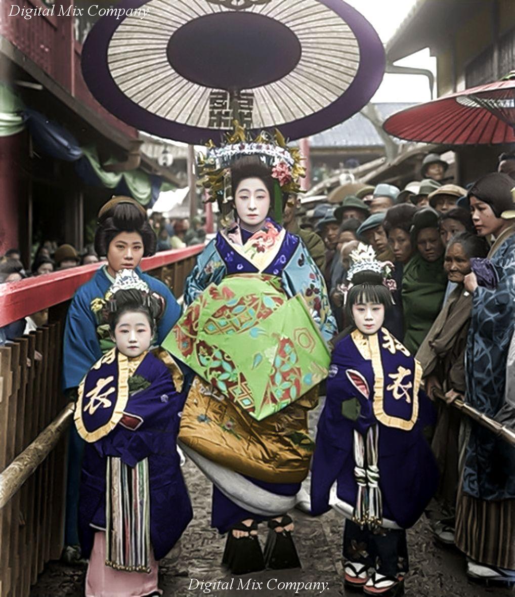 【花魁道中】東京・吉原(1900年頃)