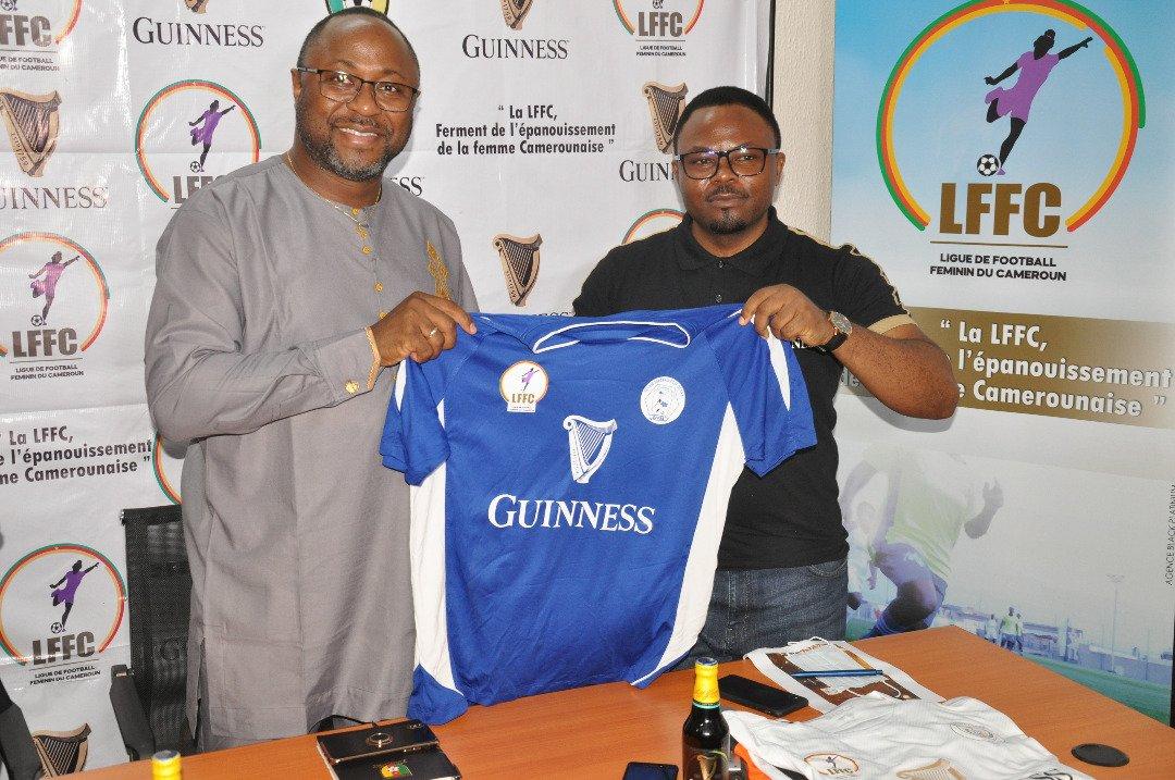 #Guinness a procédé ce matin, lors d'une cérémonie sobre mais riche en couleurs et en émotions, à la remise des maillots des clubs de la #GuinnessSuperLeague