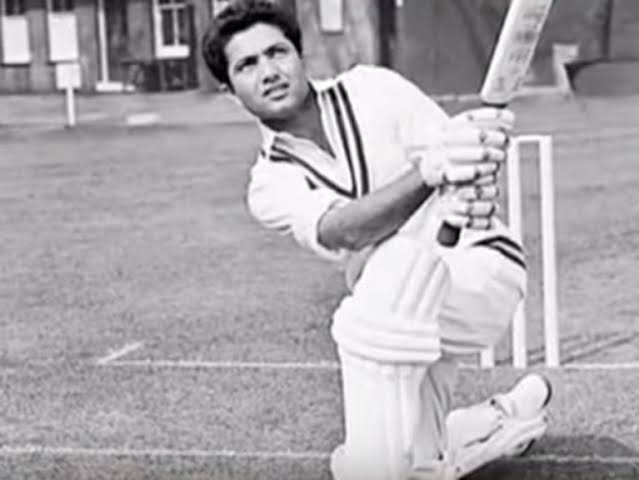 @RandomCricketP1 I wonder where Hanif hit this (in the nets, of course).