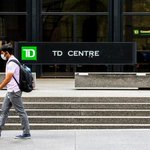 Image for the Tweet beginning: Canadian banks delay employees' return