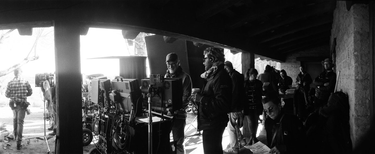 Happy MANKsgiving from this behind the scenes shot of David Fincher on set of @MankFilm! On @netflix globally December 4.  📽️: Erik Messerschmidt, DP