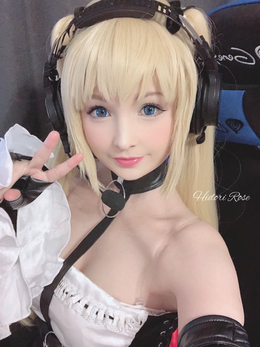 1 pic. Streaming the new Azur Lane  x DoA event as Marie Rose today !   https://t.co/O0zEJlqEPK https://t