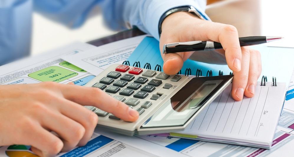 Llevar a cabo una #PlanificaciónFinanciera implica marcar un objetivo de #ahorro en base a los recursos, el tiempo y los medios que tenemos disponibles. Descubre otros conceptos vinculados a la #economía y las #FinanzasPersonales en nuestra #ahorropedia  https://t.co/KnOPYYHspd https://t.co/3FlTFJw2x4