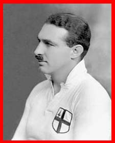 #rugby history Born today 26/11 in 1899 : Ron Cove-Smith (England) rugby v Ireland in 1922, 1923, 1924, 1925, 1927, 1928, 1929 https://t.co/aG2IwX0wTU https://t.co/03FRXT3nY0