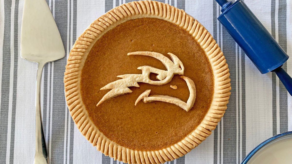 Happy #Thanksgiving, Ospreys! Dont forget to save room for dessert 🥧