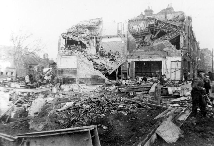 #otd 25 November 1944 – World War II: A German V-2 rocket hits a Woolworth's shop in London, killing 168 people (including 15 children), injuring 122 others.  #Lestweforget #London #Londonhisrory #WWII #Britishhistory #wewillrememberthem