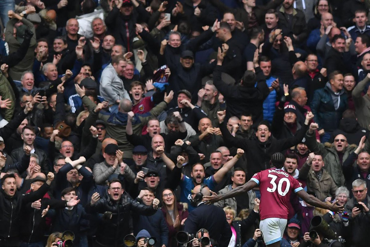 Finding out fans are allowed back in the stadium from December 2 was the news I needed to hear today. I'VE MISSED YOU! 🏟 #COYI