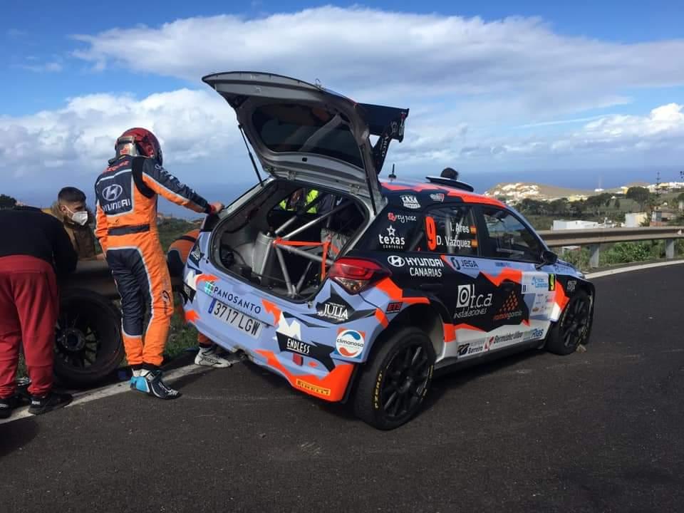 ERC + SCER + CERA: 44º Rallye Islas Canarias [26-28 Noviembre] - Página 3 EnwbLIJXUAE91u-?format=jpg&name=medium