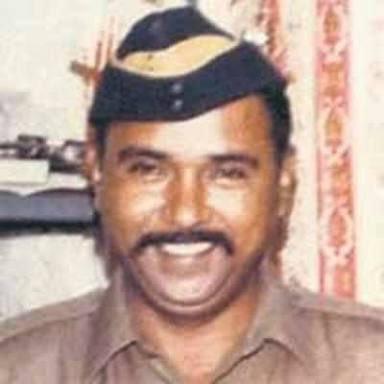 When you have kids, please tell the stories of REAL HEROES. Tukaram Omble We owe him infinity. जय हिंद, जय जवान, जय किसान 🙏  #TukaramOmble #2611Attack https://t.co/sTMIH4eGXs