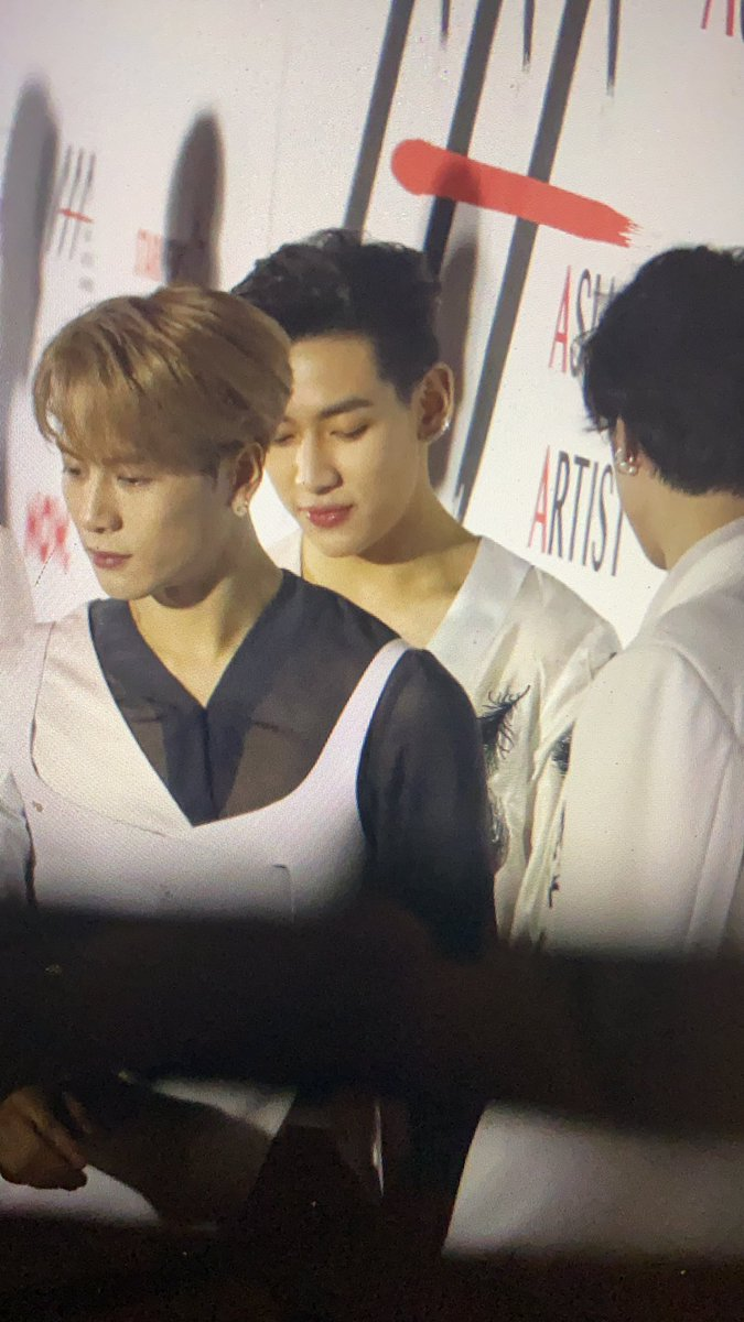 RT @ChristFLW: NEW AAA PREVIEW PHOTO!!😳😳BAMBAM,JACKSON AND JAEBEOM OMG RNFNFN https://t.co/UAFH5sak7n