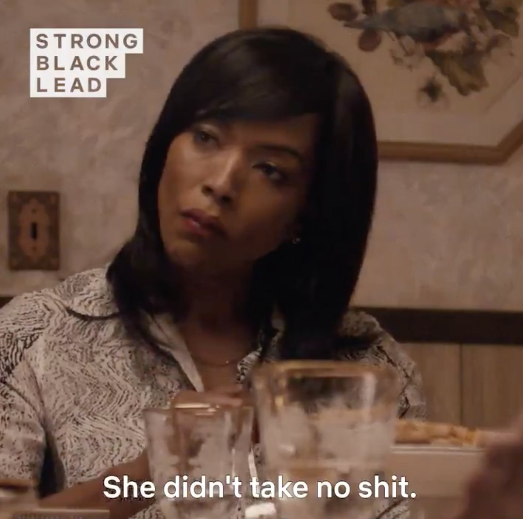 the Master of None Thanksgiving episode will forever be a MASTERPIECE 👏🏽 @lenawaithe deserved that Emmy 👏🏽