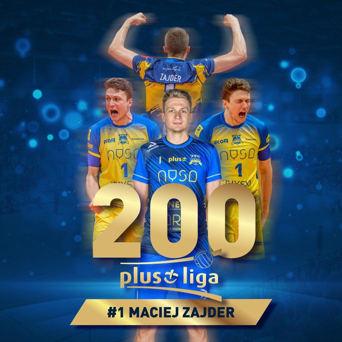 Czy wiecie, że...   Mecz z @ZAKSAofficial rozegrany 21 listopada był 2️⃣0️⃣0️⃣ meczem Maćka Zajdera w @PlusLiga_ ? 🥳  Maciej - gratulujemy i życzymy kolejnych dwustu! 💛💙 #PlusLiga #StalNysa https://t.co/XOBrP5iw7i