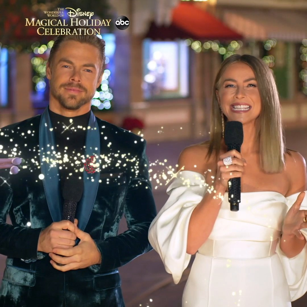Hey #DWTS fans! Join co-hosts @derekhough and @juliannehough TONIGHT during the #DisneyHolidayCelebration as we look back at our favorite performances at 9|8c on @ABCNetwork! @WaltDisneyWorld