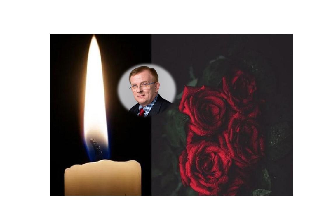 test Twitter Media - S hlubokým zármutkem jsme dnes přijali zprávu Exekutorské komory o náhlém úmrtí jejího prezidenta, JUDr. Vladimíra Plášila, LL.M. @CAK_cz vyjadřuje upřímnou soustrast rodině i kolegům z @exekutori_cr a bolest nad těžkou ztrátou pro právnickou veřejnost. https://t.co/QpqpKTYOTU https://t.co/YTb8AT0XgO