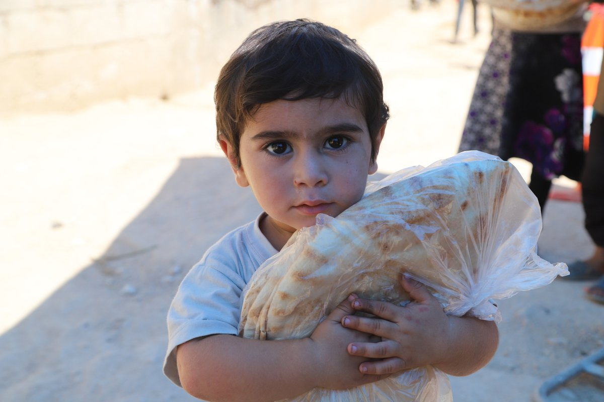"""""""Today an estimated 9.3 million people in Syria are food insecure – 1.4 million more people than a year ago and more than at any other time during the crisis."""" - @rajasingham_UN briefing the Security Council on the humanitarian situation in Syria."""