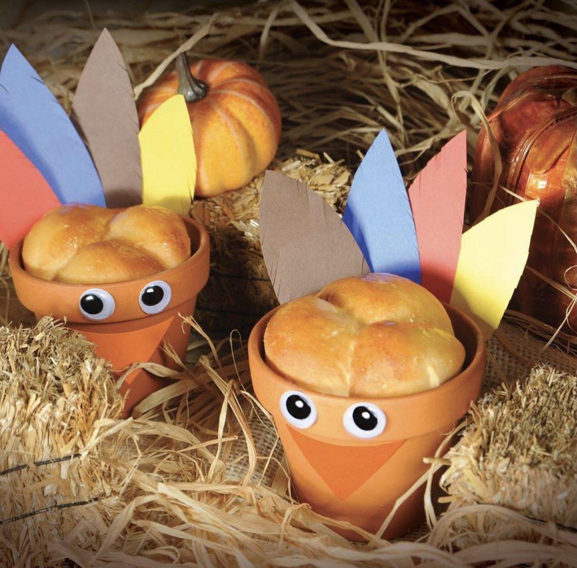 Happy Thanksgiving from all of us at Bridgford Foods! #gobblegobble #turkeyday #passtherolls #bridgfordfoods