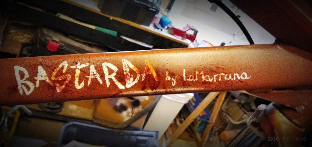 Presentación y review de la bicicleta «BASTARDA, by LaMarrana»  https://t.co/axdpxL1QjZ  #review #presentación #bicicleta #bici #reconstrucción #bike #bastarda #lamarrana #comunidadbiker #comunidadbikermtb https://t.co/xFi9M6yGr8