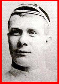 #rugby history Died today 26/11 in 1950 : Tom Broadley (England) rugby v Ireland in 1894 https://t.co/ym7nWZI8aa https://t.co/prWzVy9i7W
