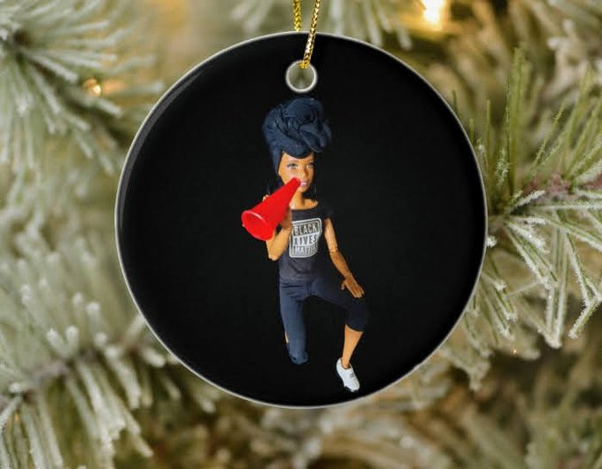 @TheSharkDaymond This #BlackShopFriday, shop for the activists on your holiday list and get 20% off with code BLKFRISAVING!  #BlackLivesMatter #BreonnaTaylor #sayhername #saytheirnames #nojusticenopeace  #BuyFromABlackWoman #ShopBlack #SupportBlackCreatives