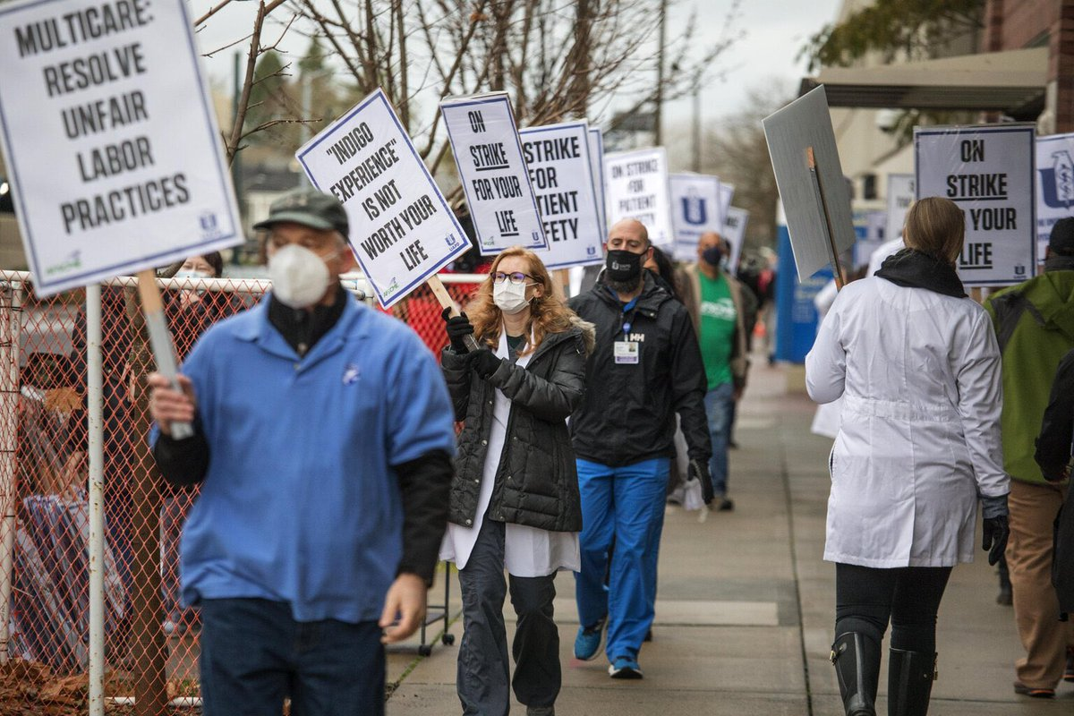 More than 100 doctors, physician assistants & nurse practitioners who work at urgent-care facilities within Seattle's MultiCare health system went on strike Monday, as #COVID19 pandemic worsens, to protest working without adequate PPEs and other harsh conditions. 🧵 https://t.co/Fmul2I8yNZ