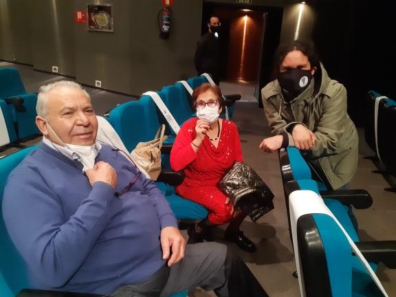 """En #Alcobendas con buena gente viendo la obra teatral """"Las mujeres del Carbón"""" que con danza y flamenco explica la lucha de las mujeres por sus derechos laborales. Esta actuación está dentro de 25-N, el día internacional para eliminar la violencia contra la mujer https://t.co/rvWZs2ZPcJ"""