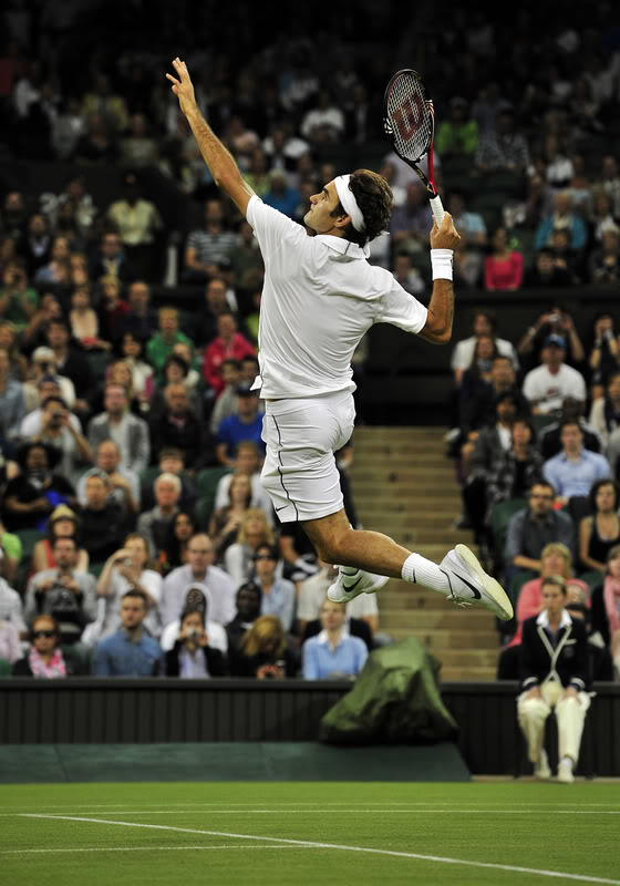 There is tennis...  Then, there is Roger Federer.  #thankful #Federer #tennis https://t.co/LCkupRMC5S