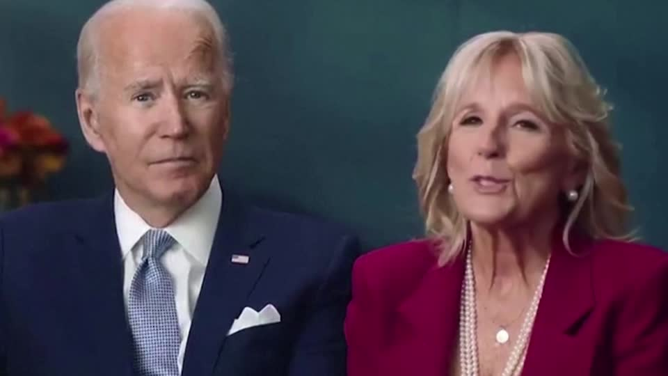 U.S. President-elect Joe Biden and his wife released a video acknowledging the scaled-back Thanksgiving celebrations transformed by the coronavirus pandemic https://t.co/TrtyNqftQp https://t.co/4Ri0puBgMo
