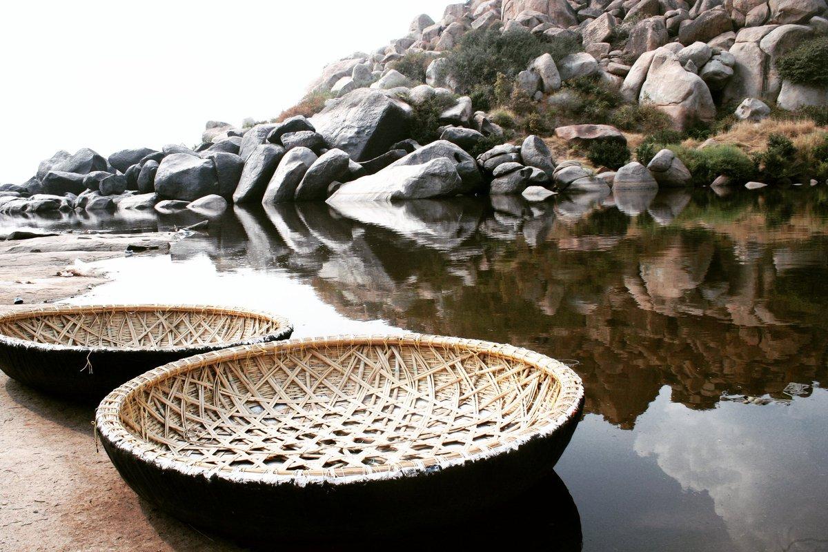 A day at a lake restores the soul!  📸 @shrini777  #photography  #IncredibleIndia #NaturePhotography #nature #hampi #Karnataka #nammakarnataka https://t.co/6n1FPQFAs7