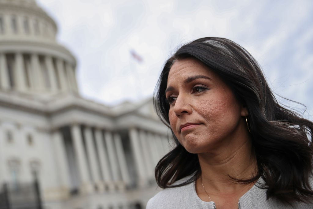 PARDON?: Rep. Gabbard called on President Donald Trump to pardon WikiLeaks founder Julian Assange and whistleblower Edward Snowden https://t.co/yw9vYZVqB2 https://t.co/yHxwGmMc0F