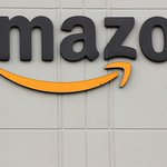 Image for the Tweet beginning: Amazon to give $500 million