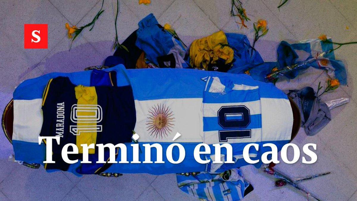 #Deportes  | La despedida pública de Maradona terminó en caos debido a los enfrentamientos entre la policía y los aficionados que querían darle el último adiós.