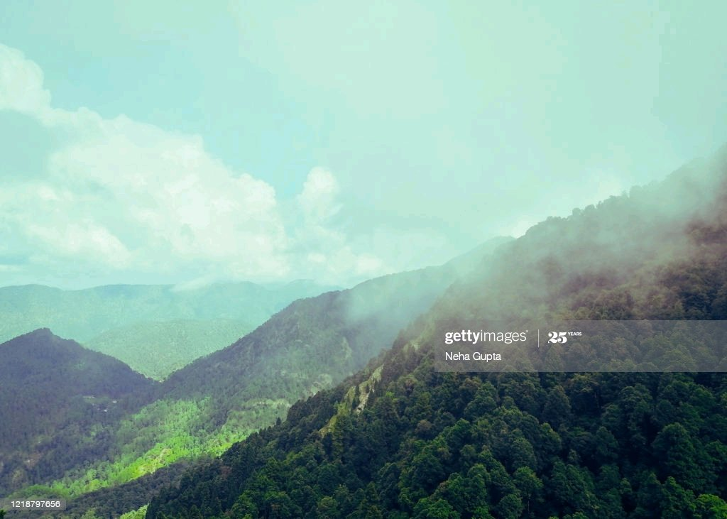A view of the Himalayas - Nainital #Uttrakhand #IncredibleIndia #NaturePhotography #photograghy #gettyimages https://t.co/uamR3N5jbM https://t.co/46OmBTtzgE
