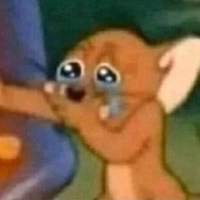 """La parte en la que Bad Bunny canta: """"Tu eres la droga de la que mami me habla, la que moría si probaba y yo de idiota pensando que me amaba... No sabía nada"""". Bro I Really Feel That.  #ElUltimoTourDelMundo"""