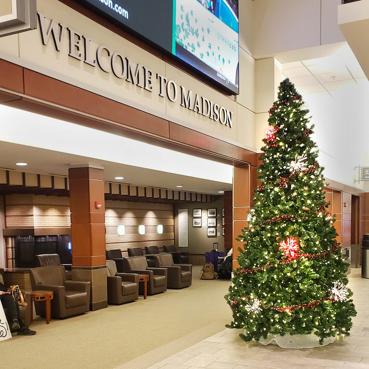 It's the most wonderful time of the year and here at MSN Airport we are full of holiday cheer! We hope you enjoy our holiday-themed décor as you make your way through the airport.   #happyholidays #holidays #holidaytravel #travel #MSNAirport