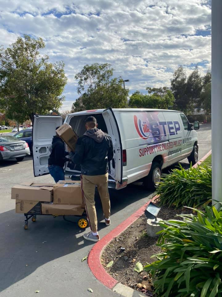 Our helper elves once again shopped for military families in need as part of STEP's Share the Joy program. We know everyone missed being together to shop in person, but our online shoppers still got in the spirit! @STEPSoCal #ShareTheJoy