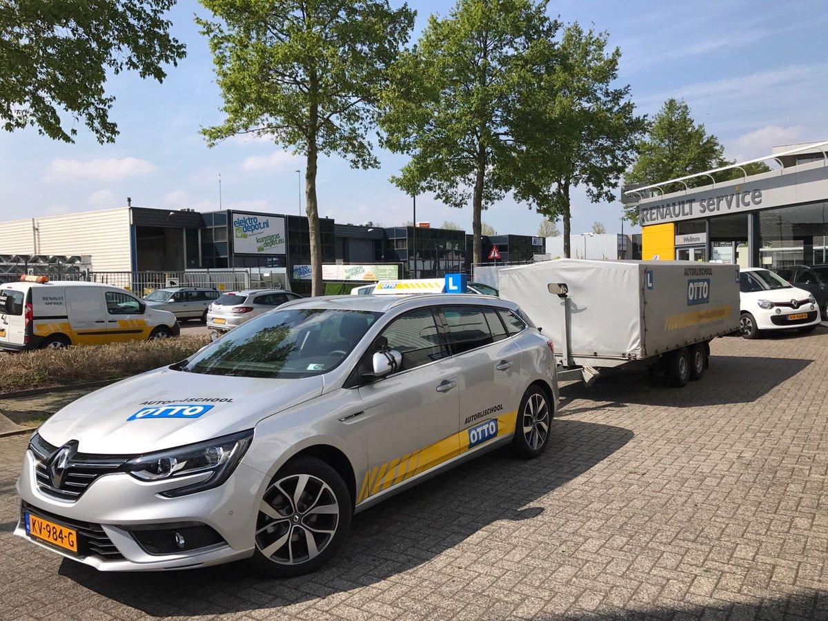 test Twitter Media - Peter van der Knijff gefeliciteerd met het in 1x behalen van je aanhangwagen-rijbewijs #BE https://t.co/xpUHq9YO6b